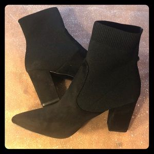 New! Worn once/ Steve Madden.